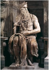 Moses-Michelangelo_B_