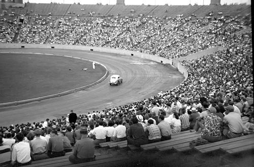 Stock car race at Soldier Field in 1951