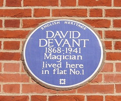 Photo of David Devant blue plaque