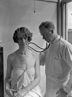 Doctor and patient in City Hospital Tuberculosis Division, 1927