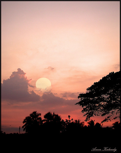 light sunset orange sun india nature beauty landscape creativity landscapes artistic awesome greatshot impressions naturelovers calicut supershot beautifulshot anawesomeshot malayalikkoottam worldwidelandscape sonyh50 aroonkalandy