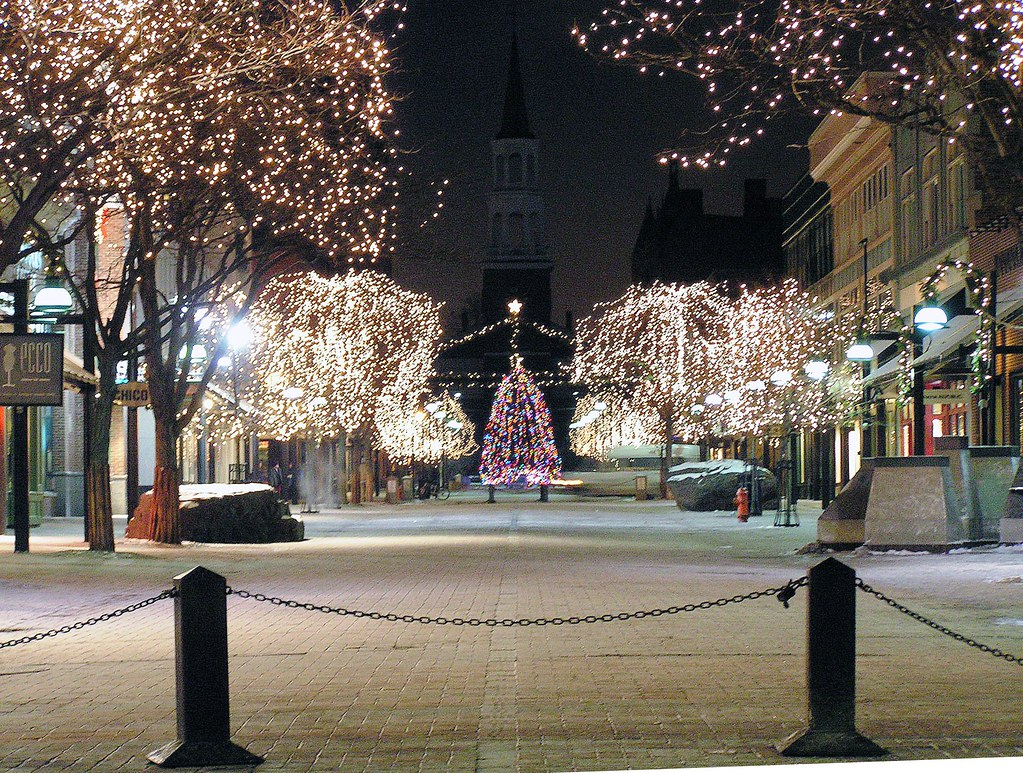 christmas tree lights church street burlington vermont