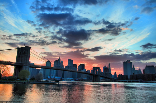 new york city nyc bridge sunset ny newyork water skyline architecture brooklyn america buildings river de atardecer soleil nikon eau tramonto skyscrapers d manhattan united riviere coucher villa pont states romain hdr immeuble batiment ciels fleuve gratte etatsunis d90 amerique romainvilla romvi
