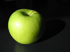 macro photography, green, produce, fruit, food, close-up, still life photography, granny smith, apple,