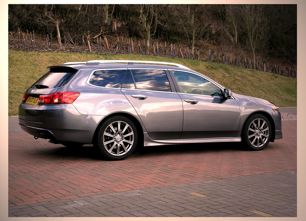 acura station wagon acura station wagon. Black Bedroom Furniture Sets. Home Design Ideas