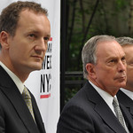 Steve Howard, Mayor Michael Bloomberg and Paul Dickinson