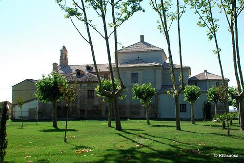 Ermita de la Virgen del Soto, Caparroso by Rufino Lasaosa