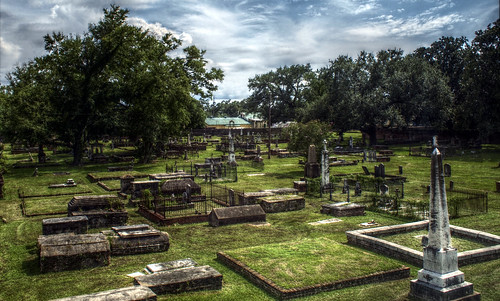 grave graveyard mobile cemetary tombstone alabama gimp hdr ep1 f50 17mm pfstmo qtpfsgui mantiuk olympusep1