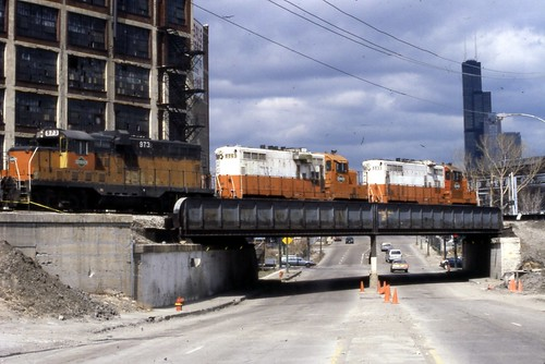 19900317 02 ICG crossing Canal St. near Cermak Rd. by davidwilson1949