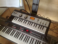 string instrument(0.0), electronic device(0.0), nord electro(0.0), yamaha sy77(0.0), organ(0.0), player piano(0.0), synthesizer(1.0), musical keyboard(1.0), keyboard(1.0), electronic musical instrument(1.0), electronic keyboard(1.0), music workstation(1.0), electric piano(1.0), analog synthesizer(1.0), electronic instrument(1.0),