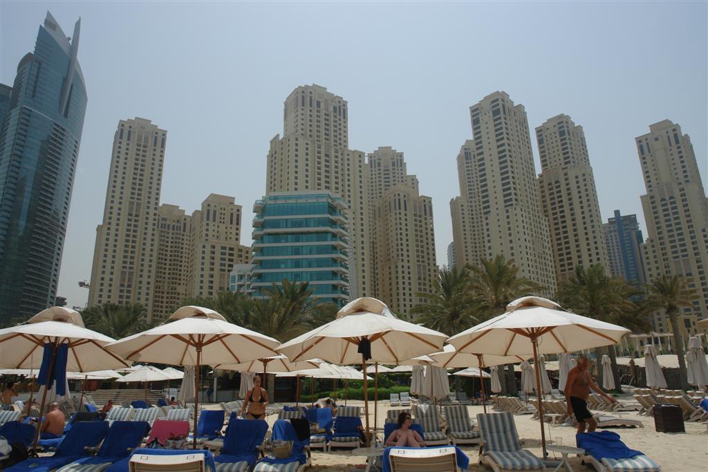 Qué ver en Dubai: Playa Hotel Hilton Jumeirah qué ver en dubai - 3840510054 a1d2ed3f53 o - Qué ver en Dubai, el oasis inacabado