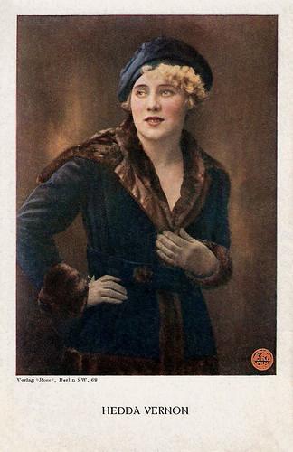Hedda Vernon (retouched)
