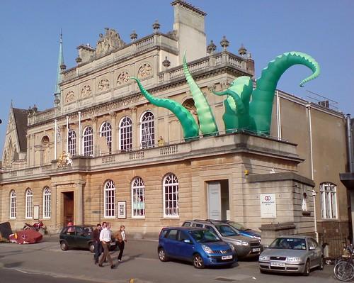 Kraken invades RWA