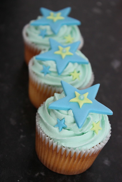 Favour Cupcakes for the Pageboys
