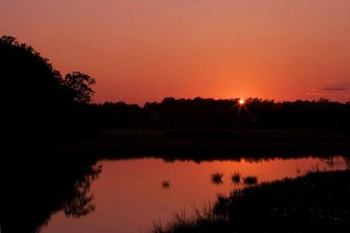 sunrise colonialwilliamsburg bej mywinners platinumphoto amazingamateur absolutelystunningscapes goldenheartaward flickrclassique inspiredbyyourbeauty