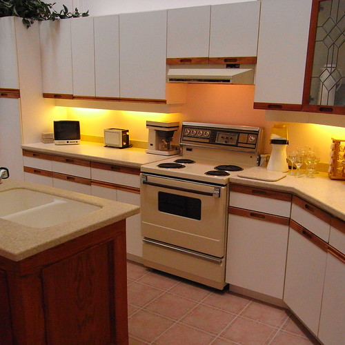 Put the 80 s decor back in your home for 1980 kitchen cabinets