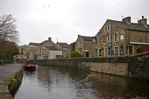 Skipton United Kingdom  City new picture : Springs Canal, Skipton 2