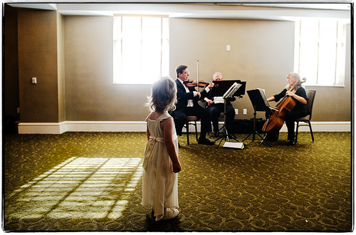 wedding light music march newjersey nikon noflash flowergirl morristown 2009 d3 weddingphotojournalism 2470mmf28g