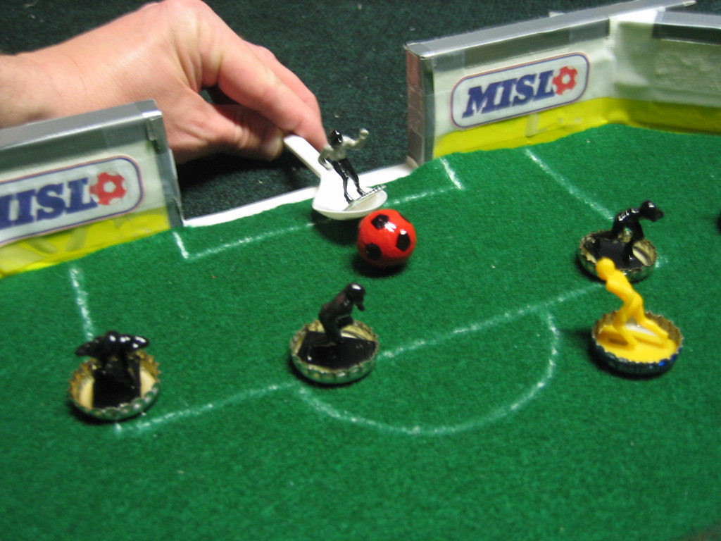 Fat rat games soccer heads for Farting fish game