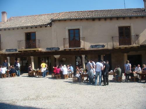 Restaurante el soportal pedraza segovia rincones for Restaurante el jardin pedraza