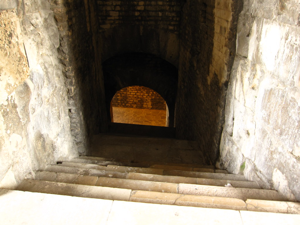 Amphitheatrum in Nimes