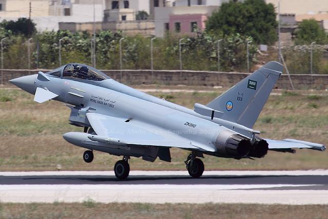الموسوعه الفوغترافيه لصور القوات الجويه الملكيه السعوديه ( rsaf ) - صفحة 2 3662455742_bb48c6a4a9_z