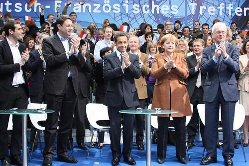 Das Podium des Deutsch-Französischen Treffens