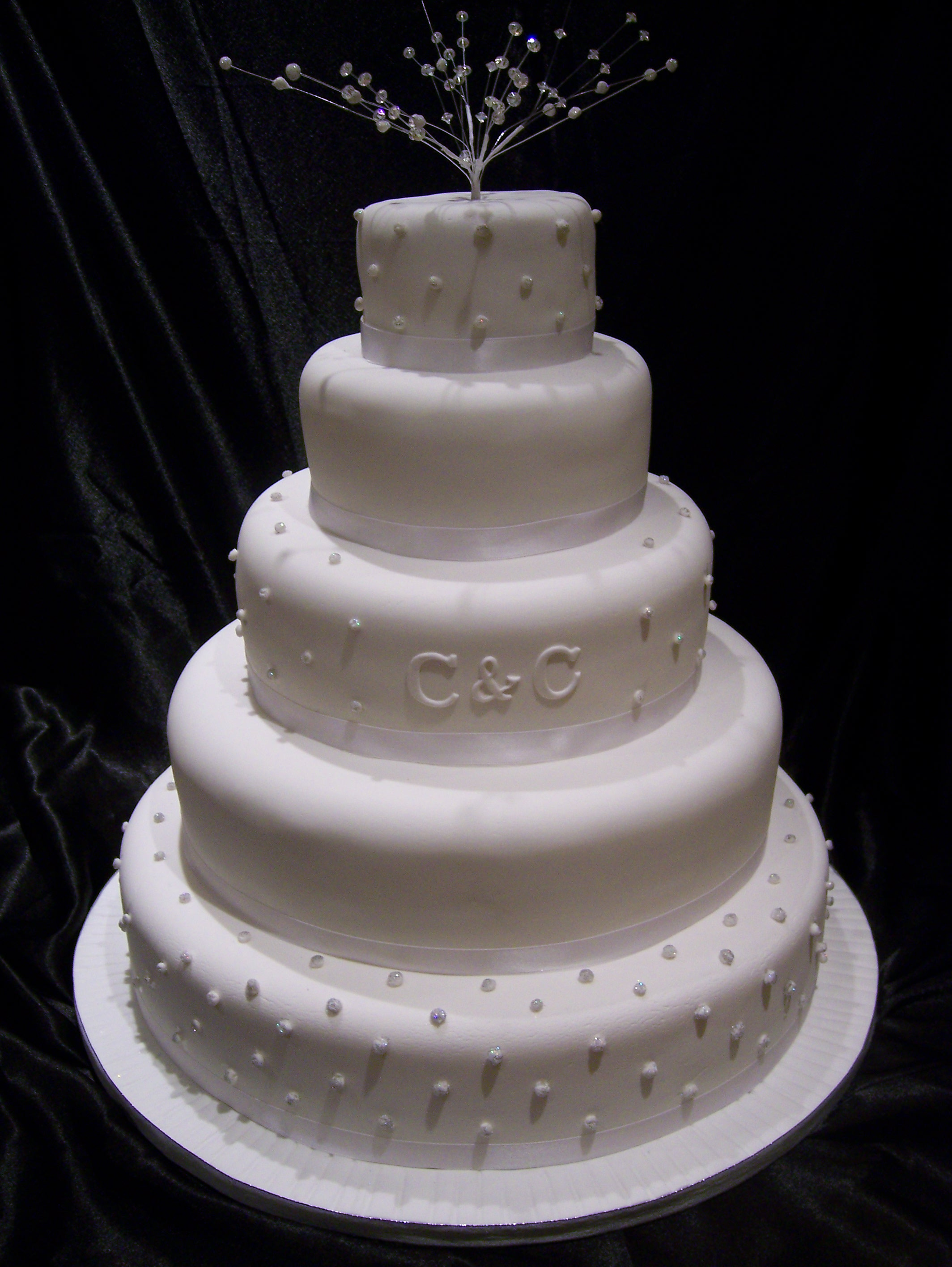 Edible Diamond Cakes submited images