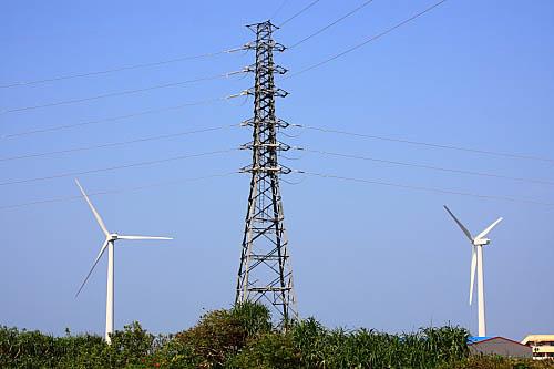 600k大园风力发电站-高压电塔