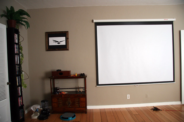 Projector Screen In Living Room Flickr Photo Sharing