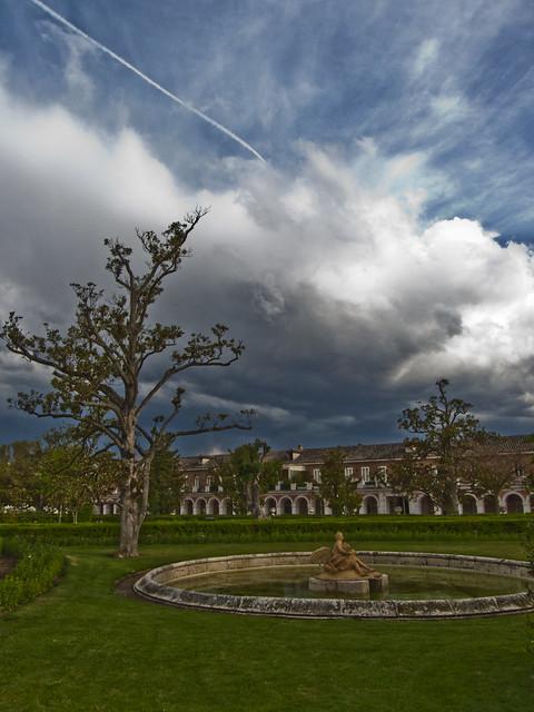 La nube cubre Aranjuez