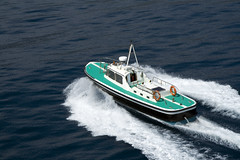 yacht, vehicle, pilot boat, motorboat, patrol boat, watercraft, boat,