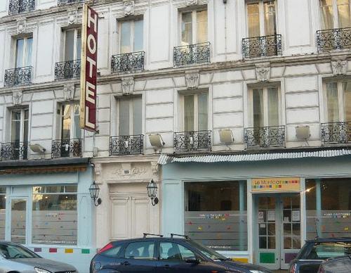 Ostello economico a parigi hostel montclair montmartre for Amsterdam ostello economico