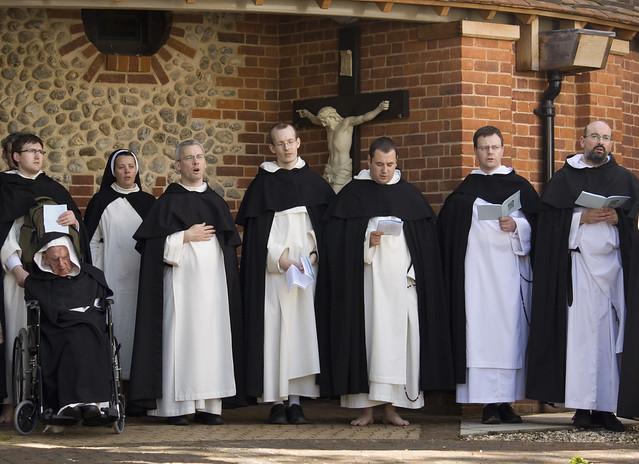 image Catholic nuns and priest