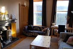 living room is tidy :o