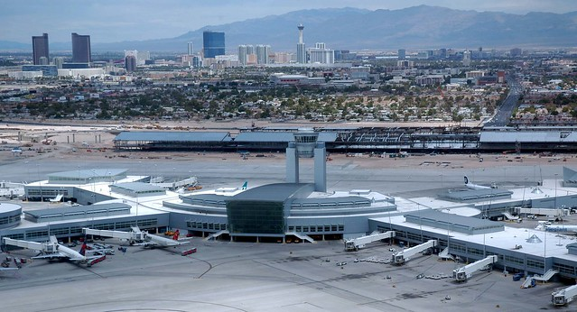 how to get from vegas airport to strip