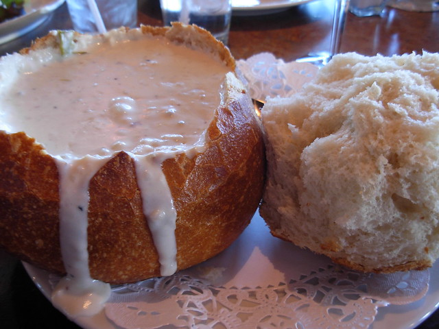 da best clam chowder in da world @ old fisherman's grotto