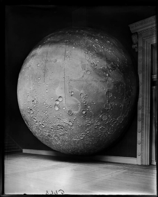 Field Columbian Museum Moon Model