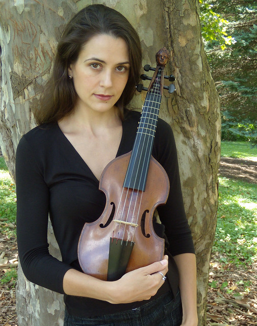 Annalisa Pappano of The Catacoustic Consort with a Pardessus