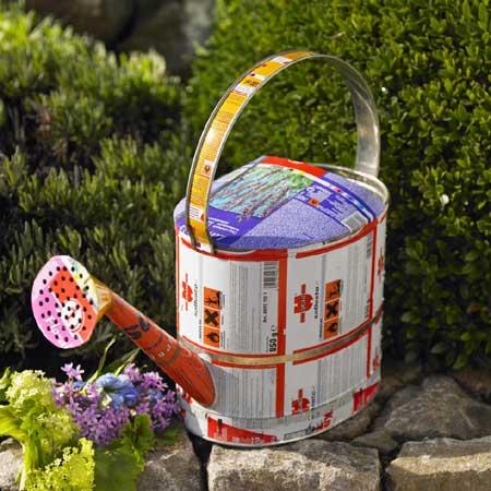 Accesorios para el jardin con latas recicladas diario - Accesorios de jardin ...