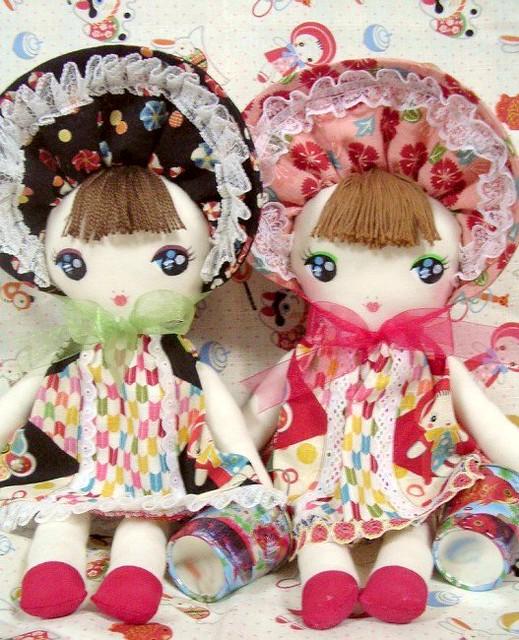 Handmade Bunka-Doll twins