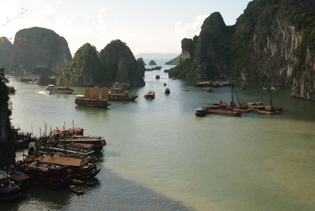 Ha Long Bay - Overall view