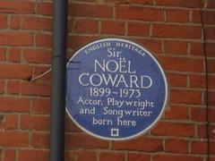Photo of Noël Coward blue plaque