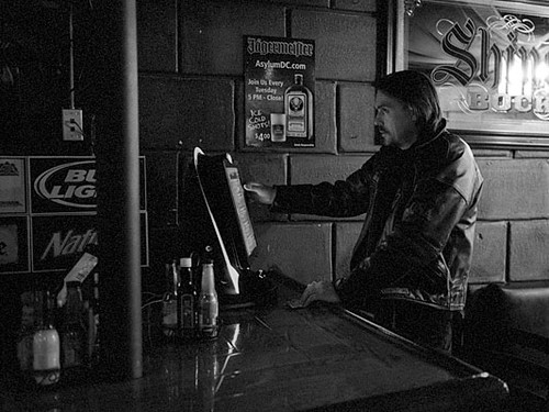 We love drinks dive bars we love dc - Dive bar definition ...