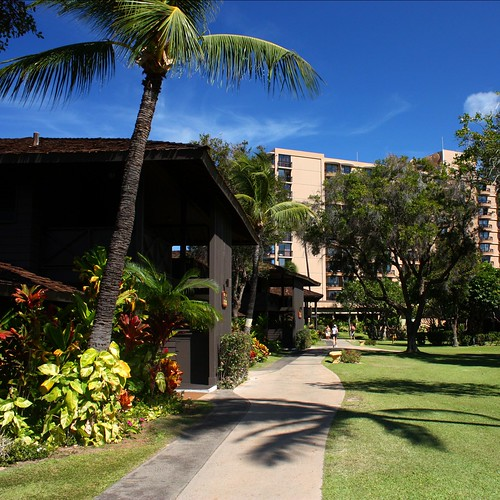 A walkway through the grounds of the Royal Lahaina Resort.