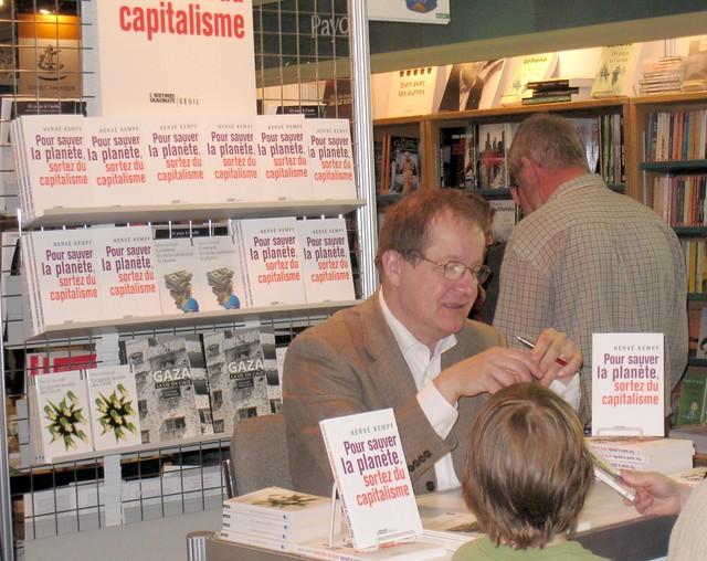 Hervé Kempf au Salon du livre de Québec
