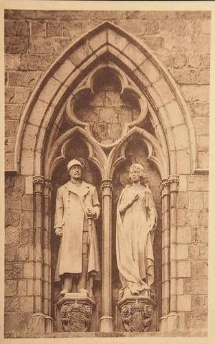 König Albert I. und Königin Elisabeth von Belgien als Kirchenfiguren