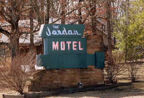 The Jordan Motel sign