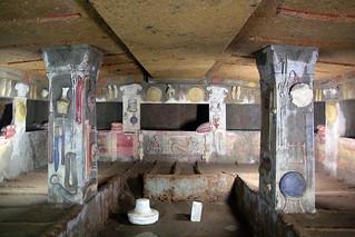 Зображення Necropoli Etrusca. roma sculture tomba cerveteri etruschi necropoli etrusca rilievi antichitã