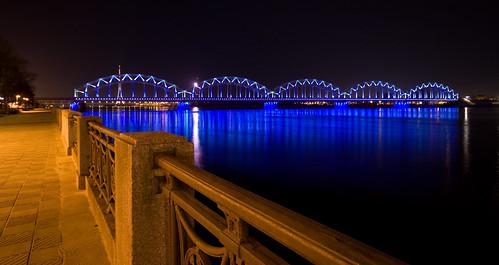 bridge blue train river lights structure riga sigma1020mm metalbridge rigacenter
